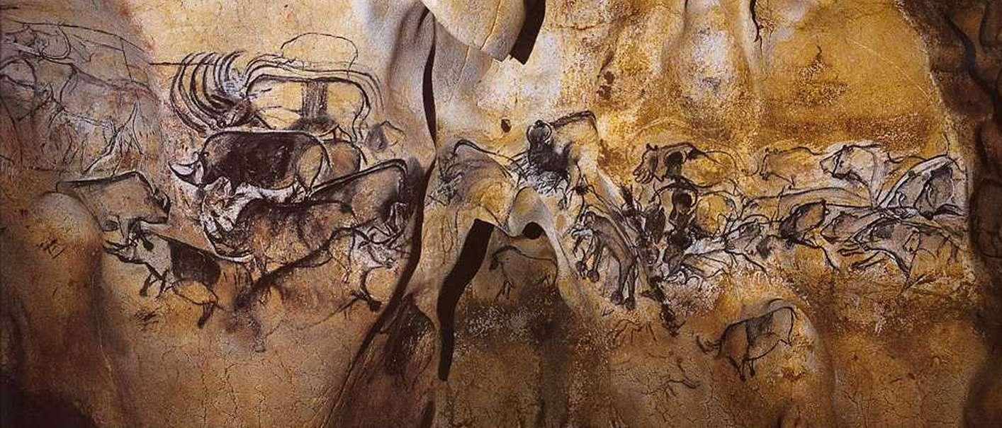 wall-painting-chauvet-cave-pont-darc-france-c-28000-b-c-e